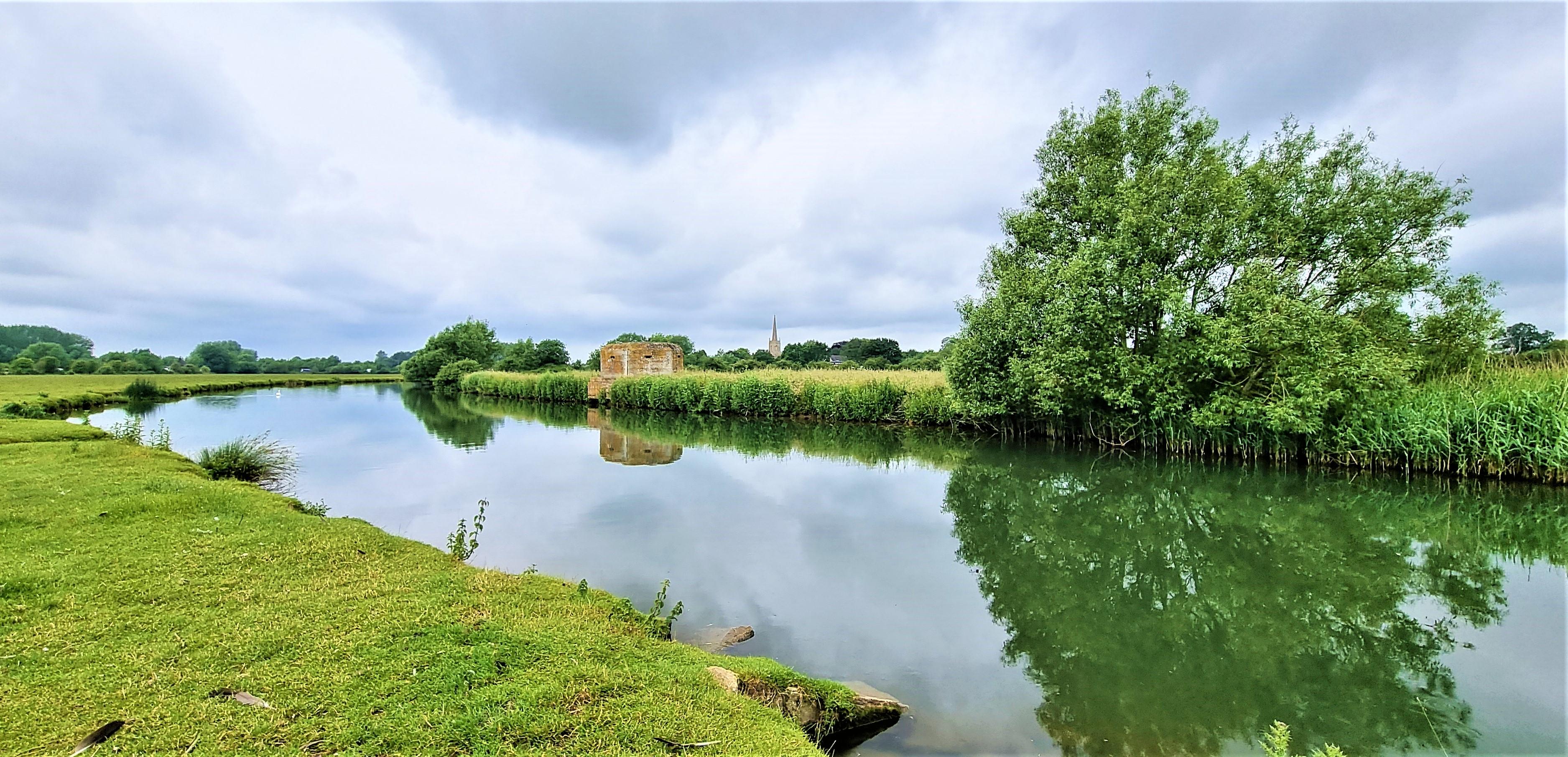 Thames Path: Lechlade to Newbridge